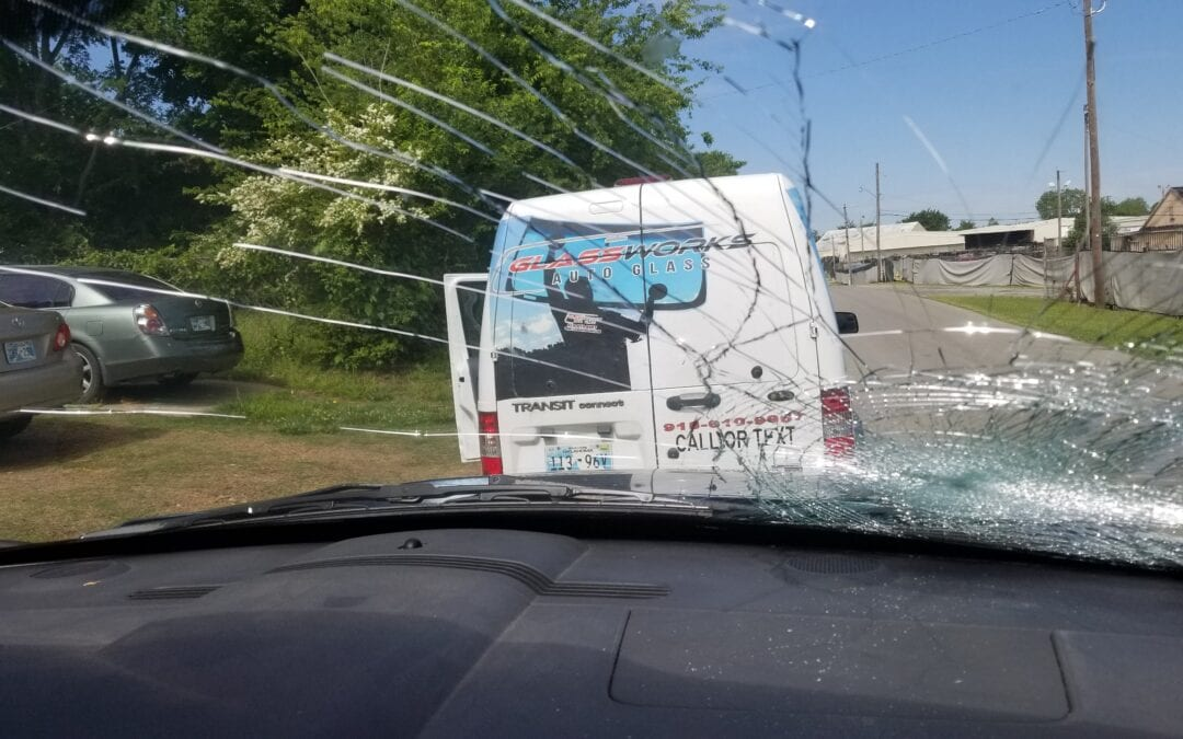 Jenks mobile window repair, mobile windshield repair, mobile auto glass repair, Windshield Repair Tulsa, GlassWorks Auto Glass