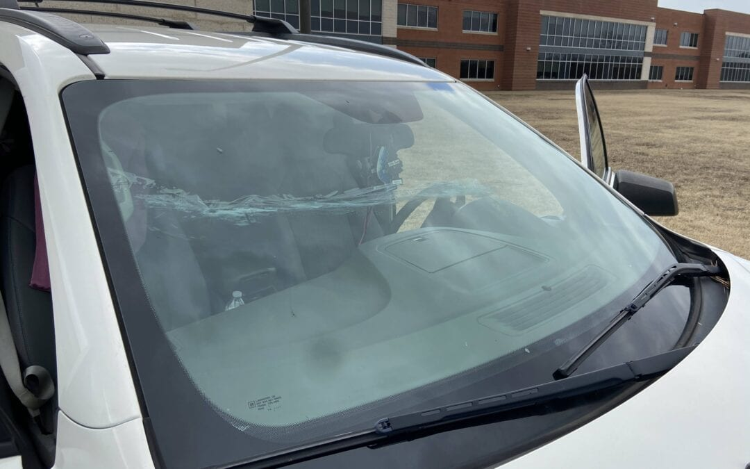 find auto glass Tulsa, Windshield Replacement Tulsa (973)